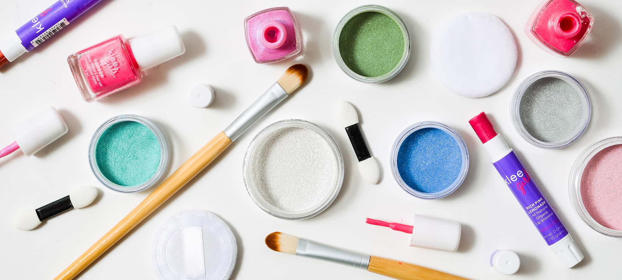 How to choose best play makeup set for kids?